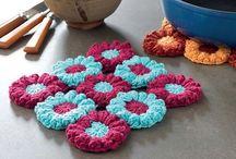 Crochet Trivet / by Pupucho -