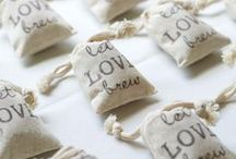 My crafty couples / Creative real wedding details from my clients' events  / by Laura Billingham Photography