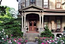 Victorian Houses And Other Grand Old Homes / by Peggy Frontz