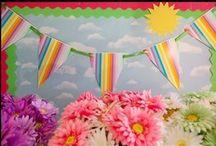 School Bulletin Boards & Classroom Walls / by Donna Scigliano