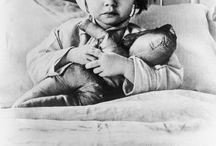 WWII : Childs / by Hansa Tingsuwan