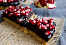 Recipes to try / Delicious goodies! Sweets! And tasty dinners! / by Marie Garcia