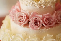 Cakes Decorating / by Miriam A Pires