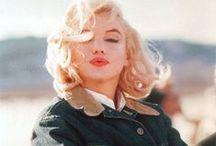 Just Marilyn / by Elza Carrara