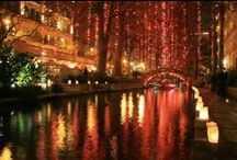 'Tis the Season / San Antonio spreads holiday cheer with parades, tamales, shopping and millions of holiday lights.  / by Visit San Antonio