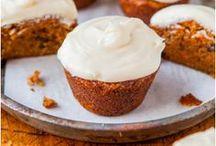 Muffins & Cupcakes / by Monika Araújo