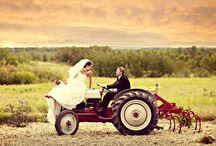 Country Wedding <3 / by Sydney Morgan