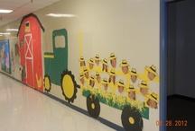 School-bulletin boards/doors / by Lisa Neff