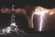 Weather, storms, lightning. / by Jenni Jordan