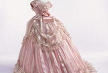 Vintage Dress / by Christine Sawyer
