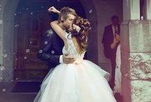 A girl can dream. /  wedding stuff!  / by Rachel Mattson