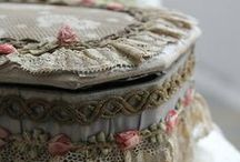 Beautiful Boxes / by Wilma & Shabby Royale.