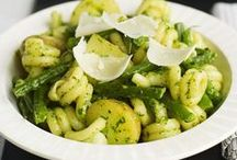 vegetarian: pasta / by Quince&Pippin