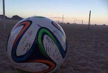 El balón ya está en juego. / MISTERTENNIS presente con todo el color desde el Mundial Brasil 2014. / by MISTERTENNIS .
