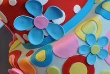 Cake decorating ideas / Fondant, airbrush, decorating ideas.  / by Renee Kermitfan