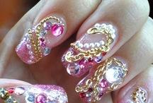 Nails / by Rita Kasanders