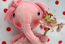Crafts - Felt and Fabric Cuties and Softies / by DeMoy Jewelry Designs