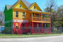 ARCHITECTURE House of a Different Color 2 / by Ronnie Turner