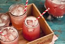Food - Drinks / by Jessica Lowery