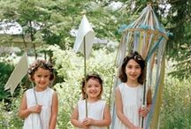 Picnic Romance {gatherings} / garden parties, glamping picnics, and forest weddings / by Amy Laidlaw