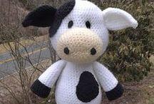 Crochet extras / by Sherri Singer