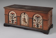 Folk Art Dower Chests and Boxes / by Cindy D.