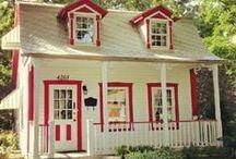 Cottages, chalets et  petites maisons. / by Renée