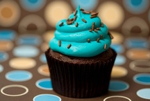 cupcakes / by Ellie Quinto