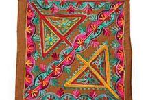 Alfombras y textiles / by Silvia Sierra