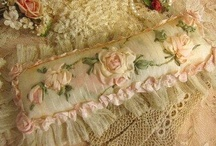 Shabby Chic Decor / by Evie