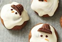 Cookies & Dessert Bars / by Robyn Mink