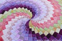 Patchwork & Quilting / by Linda Mendes