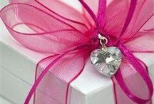Gift Wrapping / I have always loved gift wrapping. Pretty bows and accents on packages add a special touch to any gift. / by nb rh