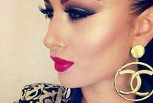 Make-Up / by Nadira Cherradi
