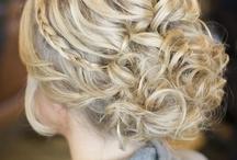 hairstyles / by Alondra Garcia