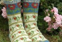 Knitties / by Deborah Bartlett