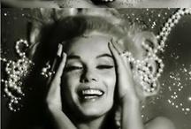 Actrices / Actresses / #hepburn #marilyn #monroe #fonda #taylor #deneuve #actrice #drew #bonham #kelly #loren #angelica #isabella #russel #shneider / by biot jef