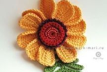 Crochet Flowers in Bloom / by diana monroe