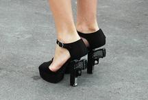 killer heels / by Ana