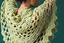 scarves & wraps / by Leonora Castillo