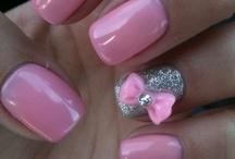 Nails... Nails... Nails... / Colors, neon, pastel, soft, blush, glitter, gold, silver, nail art... / by Rusin de Deugd