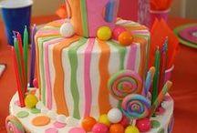 Cakes / by Kristi Corrigan