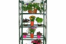 Hanging garden / Hanging garden diy  and hanging plants / by Jacinth Barnett - Home Decor