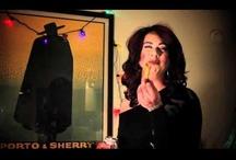 Laughs en Español / by Carmelita Batiz
