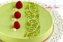 Desserts I want to try~ / by Tia Camilleri