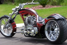 COOL BIKES & OTHER CHIT / by Snooks Thomas