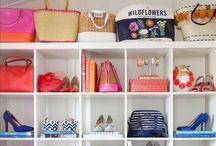 PICTURES & SHELVES// / Decoration/ Display/ Clutter/ Shelves/ Stuff/ Design  / by Abbie Hanssen