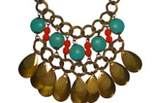 Jewelry / Collares / Necklaces / by Jazmin Pink