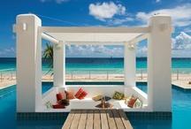 Beach ☼ House ☼ Ideas / by Saskia Lelio-Joseph