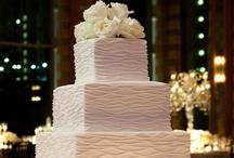 Wedding ❤  Sweets / by Saskia Lelio-Joseph